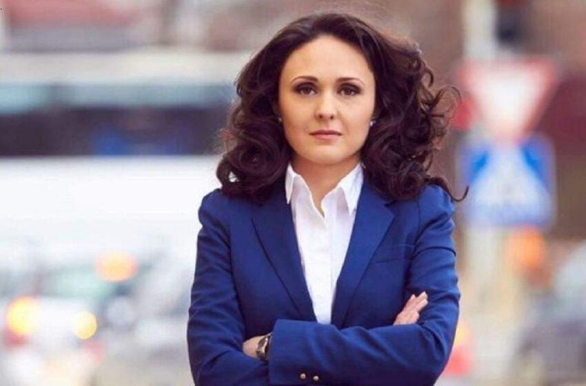 Ionela Hadârcă a câștigat titlul de omul anului la o revistă, dar l-a refuzat: Care a fost motivul și de ce s-a indignat actrița