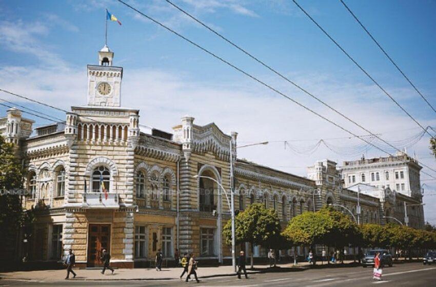 Câștig de cauză pentru Primăria Chișinău, după 3 ani de judecată: Pentru ce a fost obligată compania Moldtelecom să achite 3,5 milioane de lei