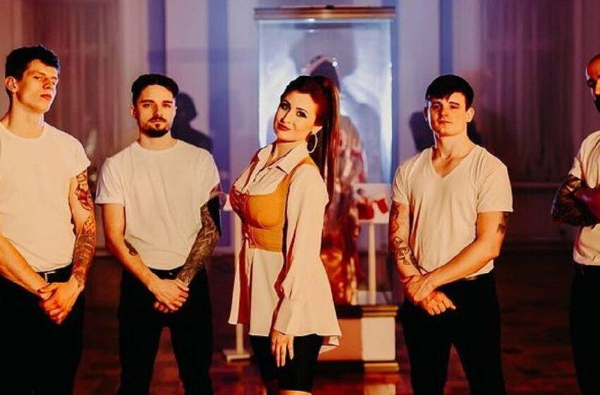 Bloggerița Maria Ciorici și-a șocat fanii! A lansat prima sa piesă, în colaborare cu Kapushon. VEZI VIDEOCLIPUL