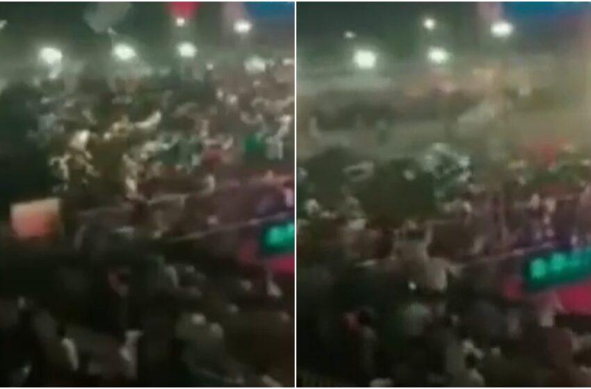 Momentul în care tribuna unui stadion se prăbușește, în India: 100 de persoane, rănite