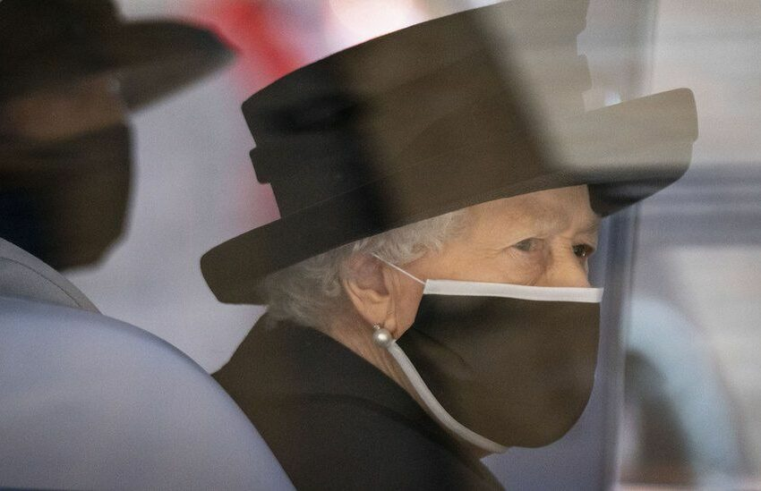 Regina Elisabeta a II-a a Marii Britanii, împlinește astăzi 95 de ani. Evenimentul din acesta an nu va fi sărbătorit public