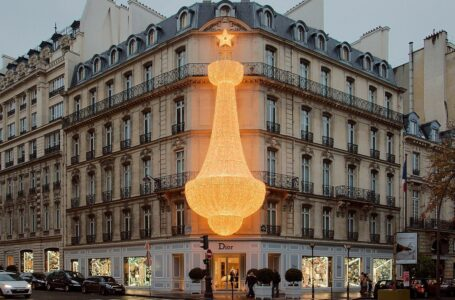 """Casa de modă Dior va prezenta o colecţie """"croazieră"""" la Atena, pe 17 iunie"""