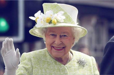 Regina Elisabeta, prima apariție după vaccinare! Suverana nu a purtat masca de protecție