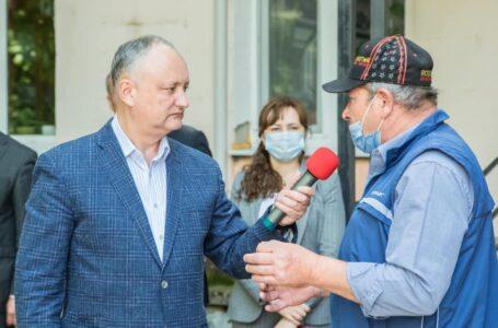 FOTO Igor Dodon s-a reprofilat: Cum s-a descurcat în calitate de reporter