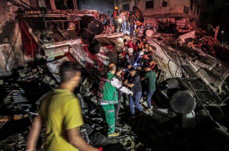 Încă o noapte de bombardamente. Zeci de raiduri israeliene în Fâșia Gaza