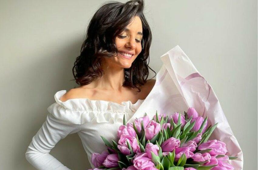 FOTO După opt ani de căsătorie, Lilu Ojovan a îmbrăcat iar rochia de mireasă