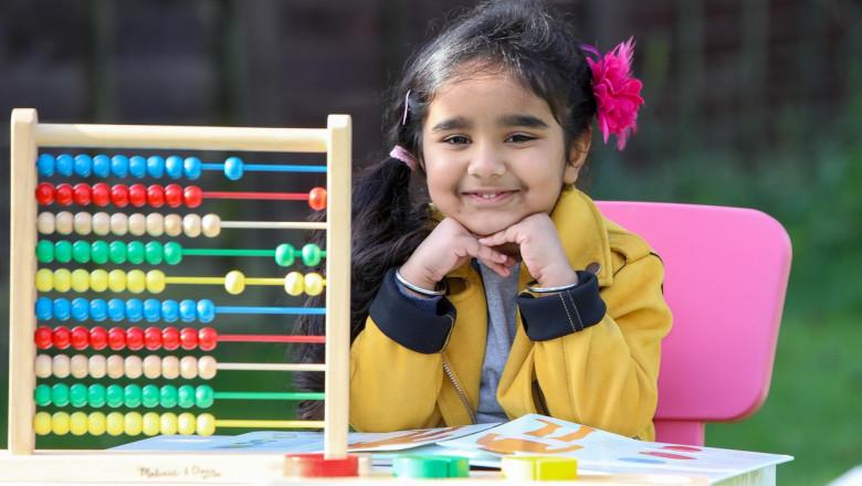 O fetiță de numai patru ani are un IQ comparabil cu al lui Einstein