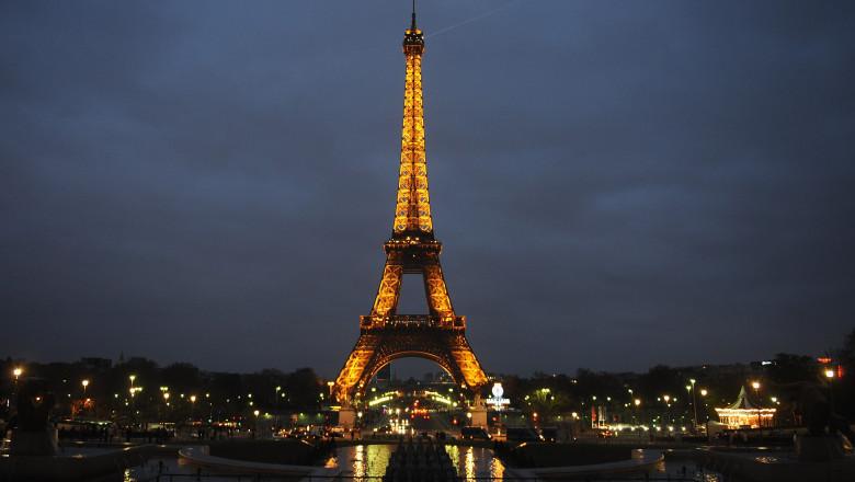 Turnul Eiffel se redeschide în iulie. Accesul va fi limitat
