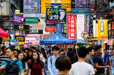 O lege controversată îi obligă pe chinezi să mai rămână căsătoriți chiar dacă vor să se despartă. Divorțurile au scăzut cu 70%
