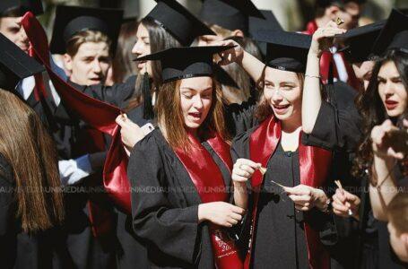 Șapte absolvenți vor primi 3000 lei, lunar! Anatol Untură: Avem niște istorii care te fac să plângi și să îți dai seama câtă suferință poate îndura un copil