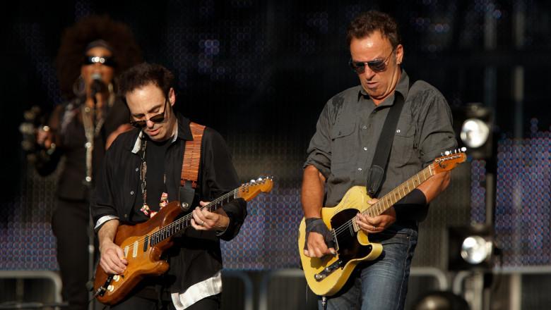 Cei care sunt vaccinați cu AstraZeneca nu au acces la concertele lui Bruce Springsteen