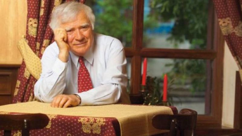 """""""Tatăl lui Guguță"""", scriitorul Spiridon Vangheli, împlinește astăzi 89 de ani. Cu ce mesaj de felicitare a venit edilul capitalei"""