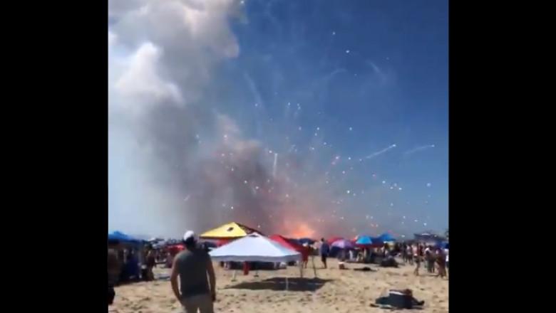 VIDEO | Un camion plin cu artificii a explodat pe o plajă unde sute de oameni sărbătoreau Ziua Independenței