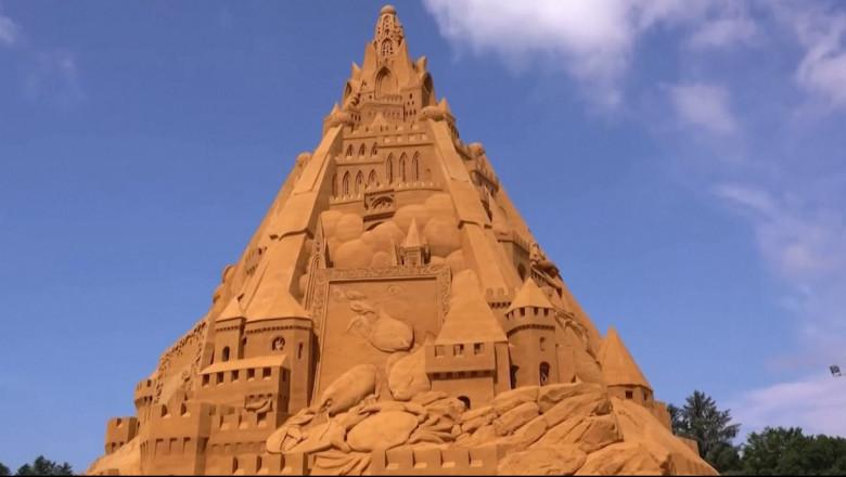 Cel mai înalt castel de nisip din lume a fost ridicat în Danemarca – VIDEO