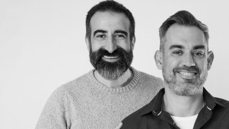 Ideea cu care doi taximetriști spanioli au devenit milionari. Au făcut totul din fața calculatorului