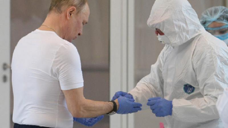 """Putin dezvăluie, după 3 luni, ce ser anti-Covid a ales și de ce nu s-a imunizat public: """"Dacă se punea vaccinul nu în braț, tot trebuia să arătăm?!"""""""