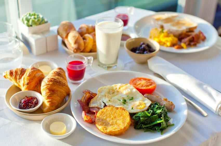 Ce mâncăm la micul-dejun, ca să fim în formă