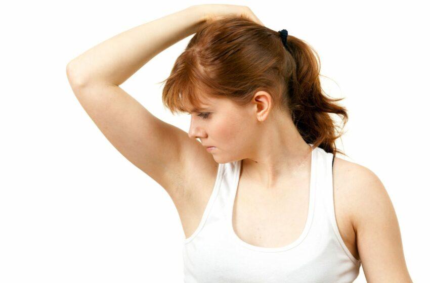 Cinci boli care pot cauza transpirație cu miros de oțet