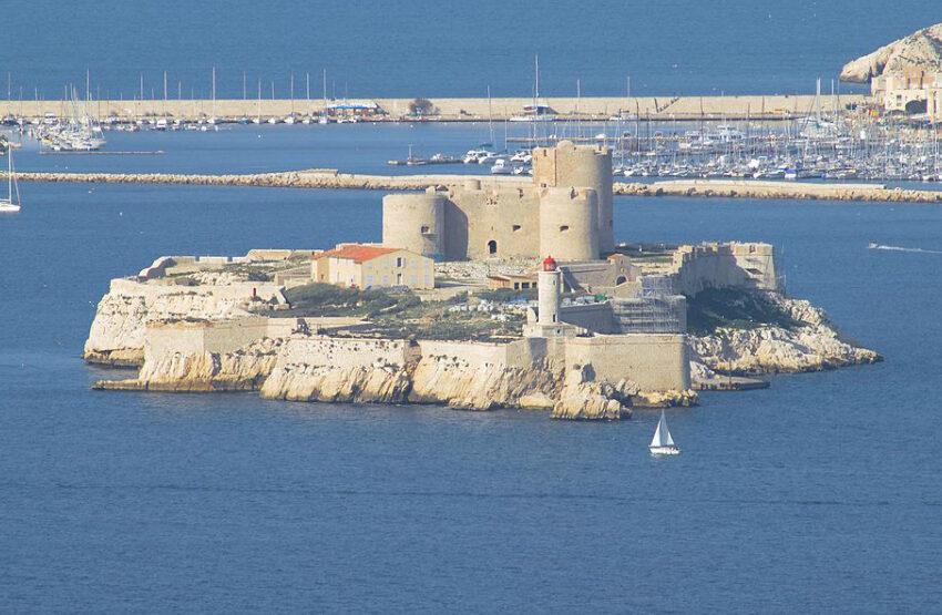 (FOTO) Insula Diavolului, prizonieri nu supravieţuiesc acolo, mai mult de un an