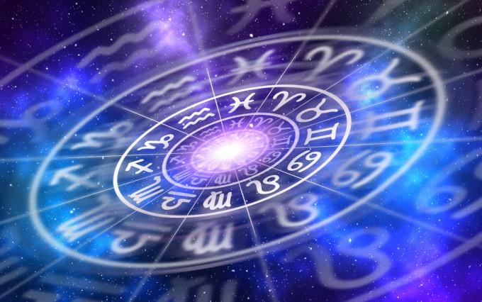Horoscop 26 august. Mentalul îți este răscolit și vezi ce îți este menit
