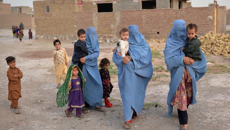 Care este diferența între burka, hijab și niqab?