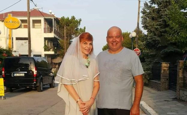 """(FOTO) Fosta șefă a Agenției Invest Moldova, din nou mireasă: """"Îi mulțumesc soțului că a avut curajul să ne căsătorim"""""""