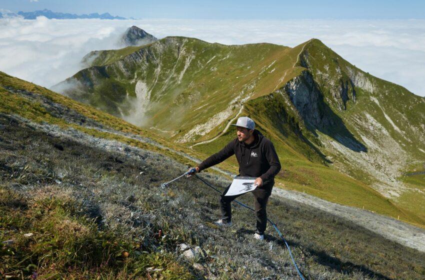 """(FOTO) Un graffiti monumental """"Un nou început"""" a fost realizat pe muntele din Alpii elvețieni"""