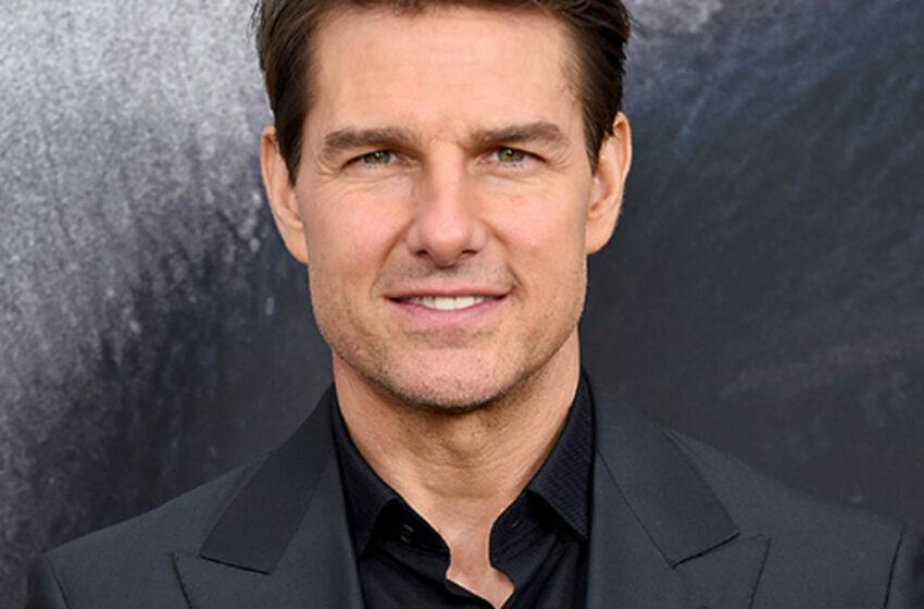 (VIDEO) Tom Cruise a aterizat cu elicopterul în grădina unei familii, din Marea Britanie