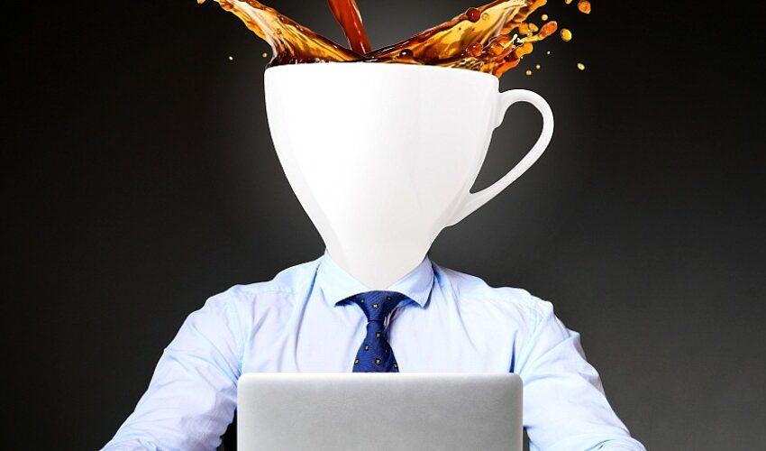 """Cafeaua de dimineață te ajută să scapi de """"ceață"""". Ce efecte are asupra creierului"""