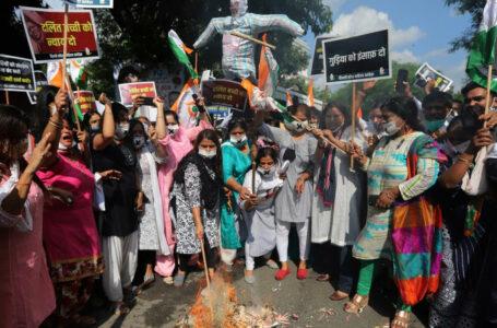 26 de bărbați arestați în India pentru că ar fi violat timp de 8 luni o fată de 15 ani. Alți 7 sunt căutați de poliție