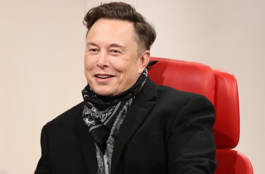 Elon Musk scrie istorie! A devenit a treia persoană din lume cu avere netă de 200.000.000.000 de dolari