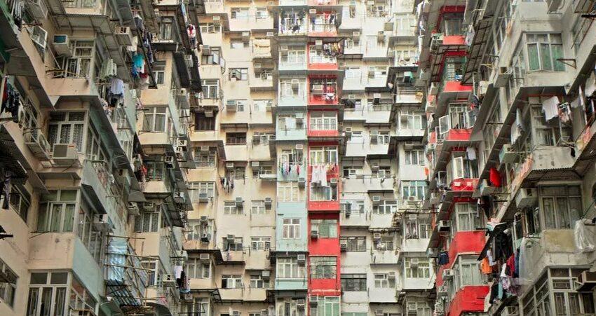 (FOTO) Cum e să trăiești în Hong Kong: chinezii se bat pentru apartamente minuscule