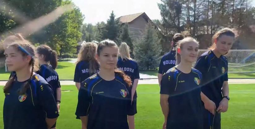 (VIDEO) 10 fotbaliste tinere vor reprezenta Moldova la Campionatul Mondial