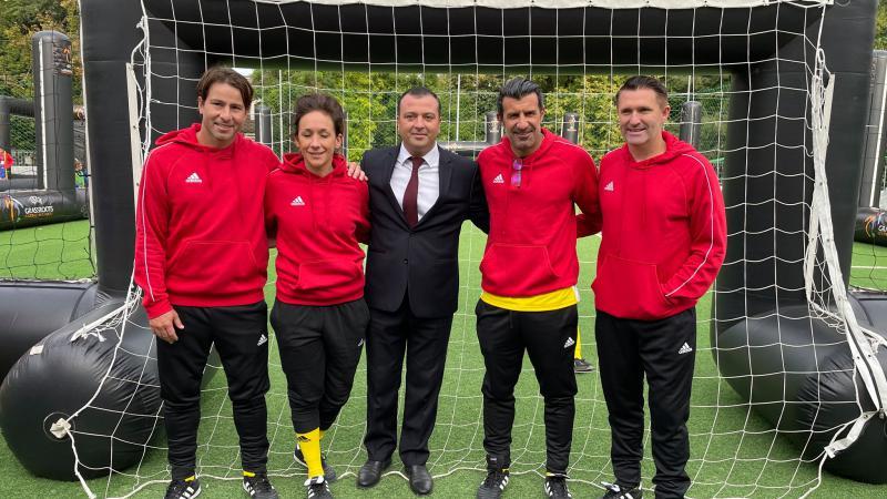 (video) Legenda fotbalului mondial, Luis Figo, se află la Chișinău