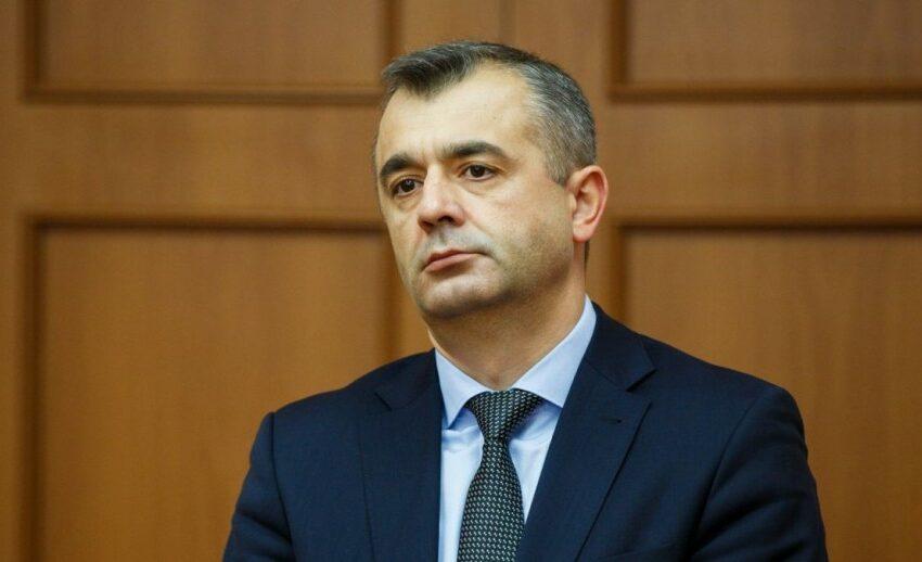 Ion Chicu, pe post de stilist vestimentar: A criticat ținuta Maiei Sandu la mormântul lui Mateevici
