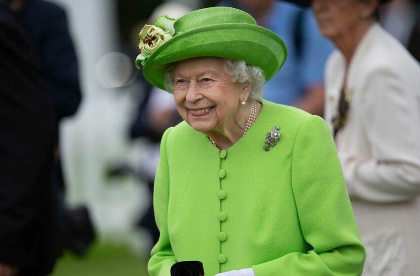 Pe cine adoră regina Elisabeta în vârstă de 95 de ani. Cine a tras lozul câştigător dintre toţi nepoţii