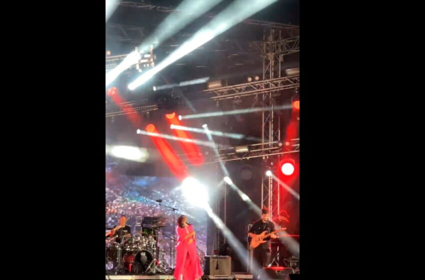 (video/foto) Pantera roz pe scena de la Chișinău: Cum și-a surprins fanii Irina Rimes