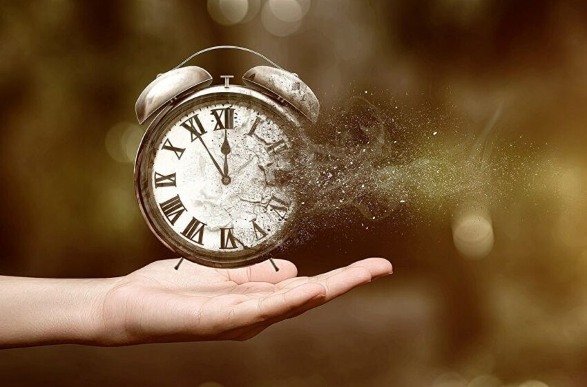 Cum ne schimbă tehnologia percepția asupra timpului. De ce timpul trece repede?