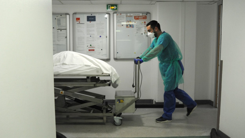 Covid-19 a provocat peste 5 milioane de decese la nivel global