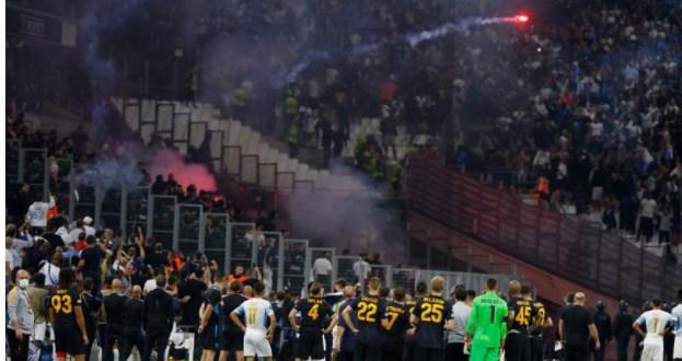 (VIDEO) Momente încinse la Marseille – Galatasaray: Meciul a fost întrerupt din cauza fanilor