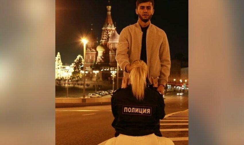 (VIDEO) Sex oral în fața Catedralei din Piața Roșie? Un blogger tadjic poate fi expulzat din Rusia